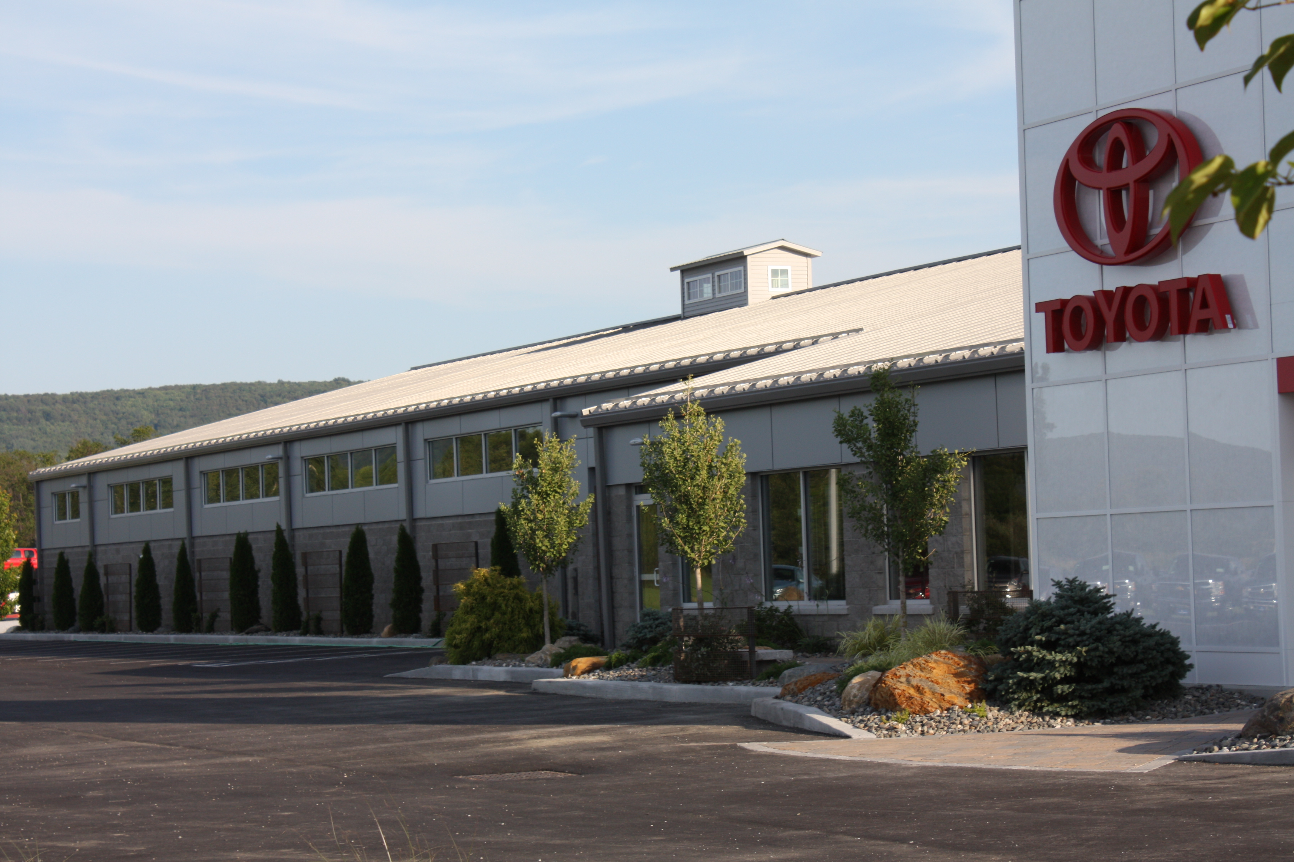 Handy Toyota New Toyota Dealership In St Albans Vt 05478